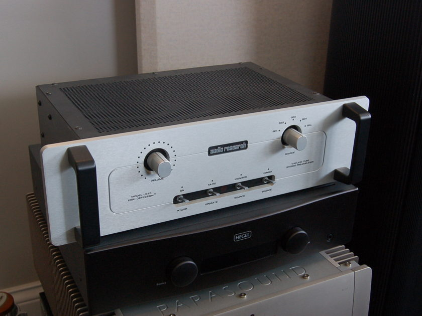 Audio Research LS15 Tube Preamplifier - silver