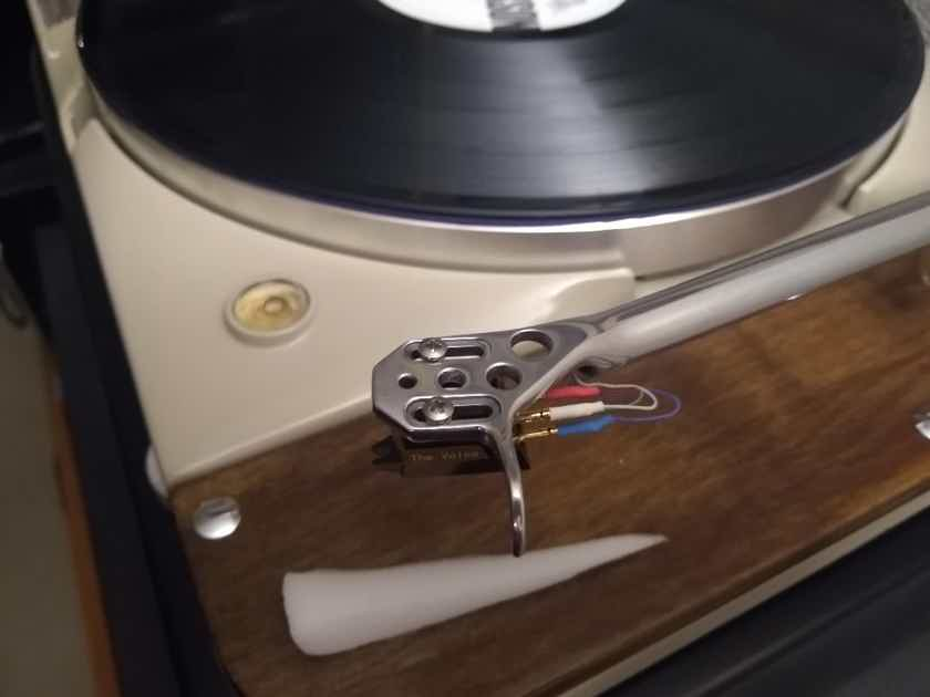 Rega RB2000 with full Incognito / Cardas wiring harness