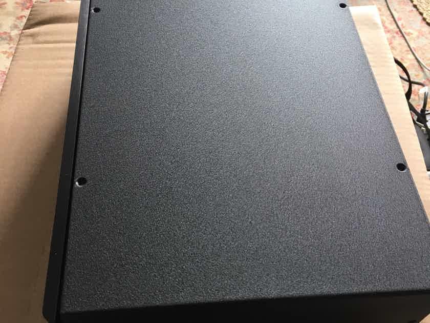 Richard Gray Power Company 1200 Custom Black color