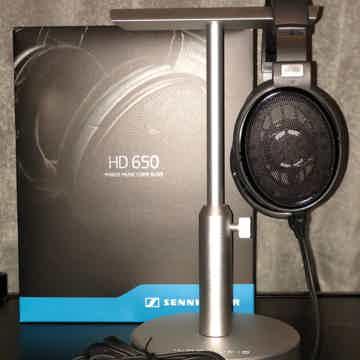 Sennheiser HD-650 Like New Headphones Used 2 Times!