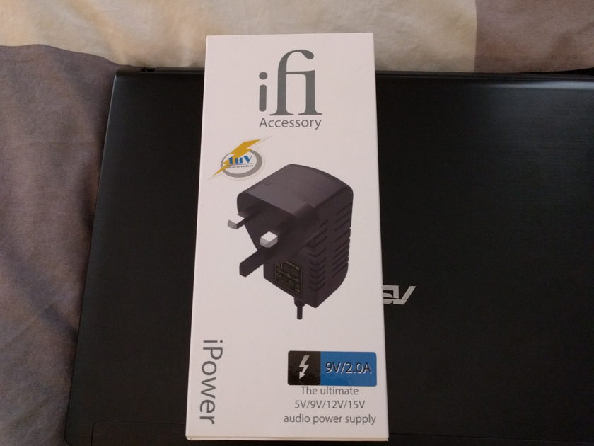 M2Tech HiFace EVO (+ iFi iPower 9V PSU)
