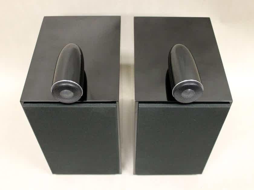B&W (Bowers & Wilkins) CM6 S2 Bookshelf Speaker in Gloss Black, Store Demo