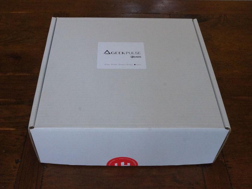 LH Labs Xfi DAC & Headphone Amplifier + Lightspeed 1G USB Cable [PRICE DROP]