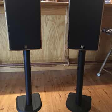 SLS Loudspeakers HT8R
