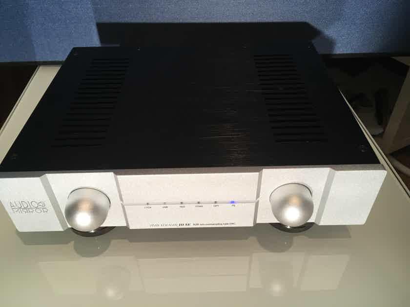 Audio Mirror DAC Tubadour III SE Signature Edition Non oversampling Tube DAC