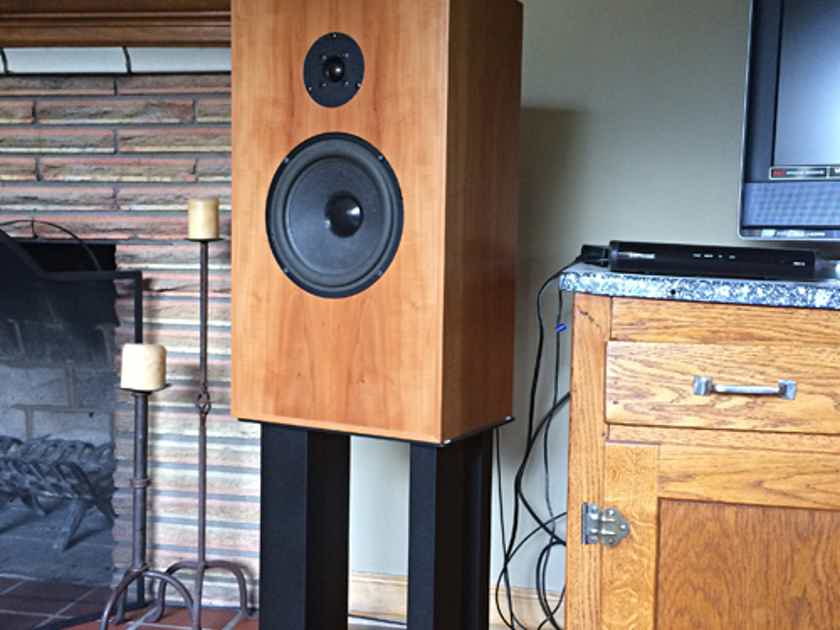 Audio Note AN/J LX and stands