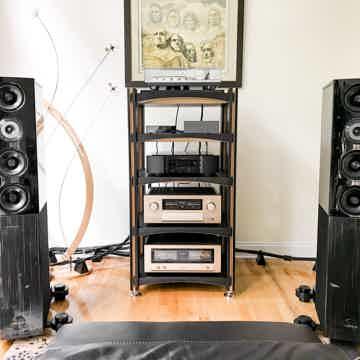 Stewart Lang Eliquo - Bespoke Hardwood Audio Rack