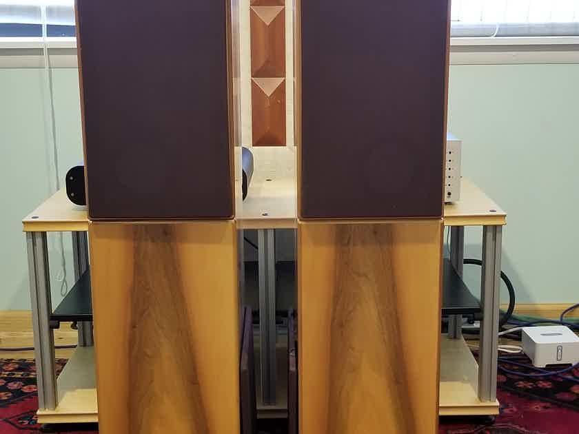 SAP Quartette Floorstanding Audiophile Stereo HiFi Speakers Italian Walnut (Strumenti Acustic Di Precisione) REDUCED