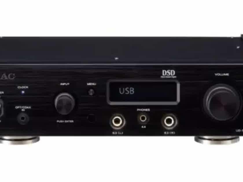 Teac UD-505 Digital To Analog Converter / Headphone Amplifier