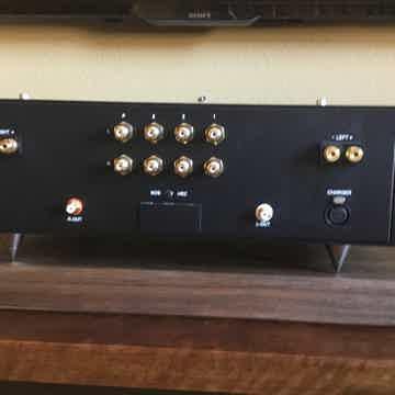 Red Wine Audio Signature 57 Integrated Amplifier