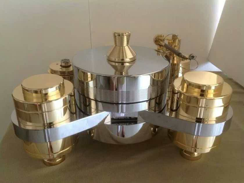 Analog Masterpiece! -- TriangleART Turntables -- Fly-in Installation and Setup by JaguarAudioDesign.com! (Call 844-GOAUDIO)