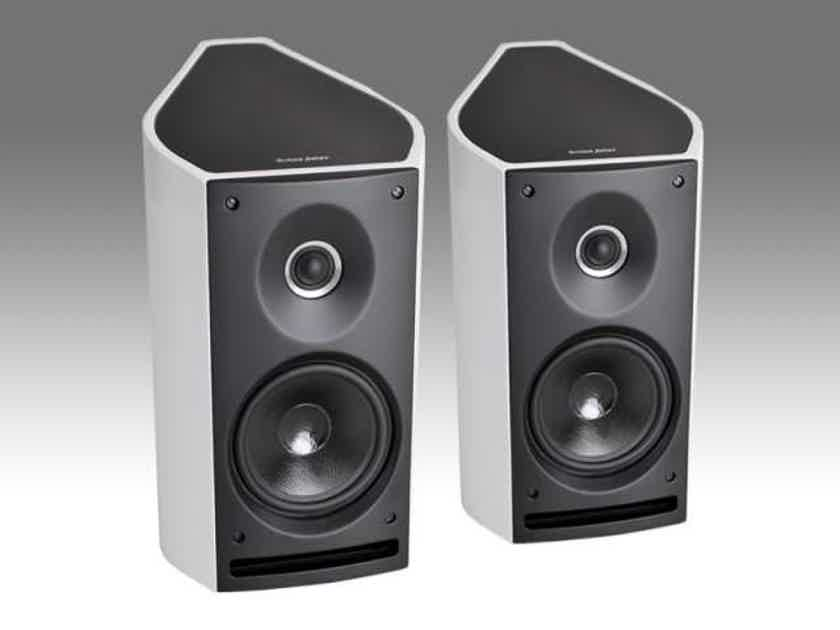Pair of Sonus Faber Venere 2.0 Bookshelf Speakers BRAND NEW