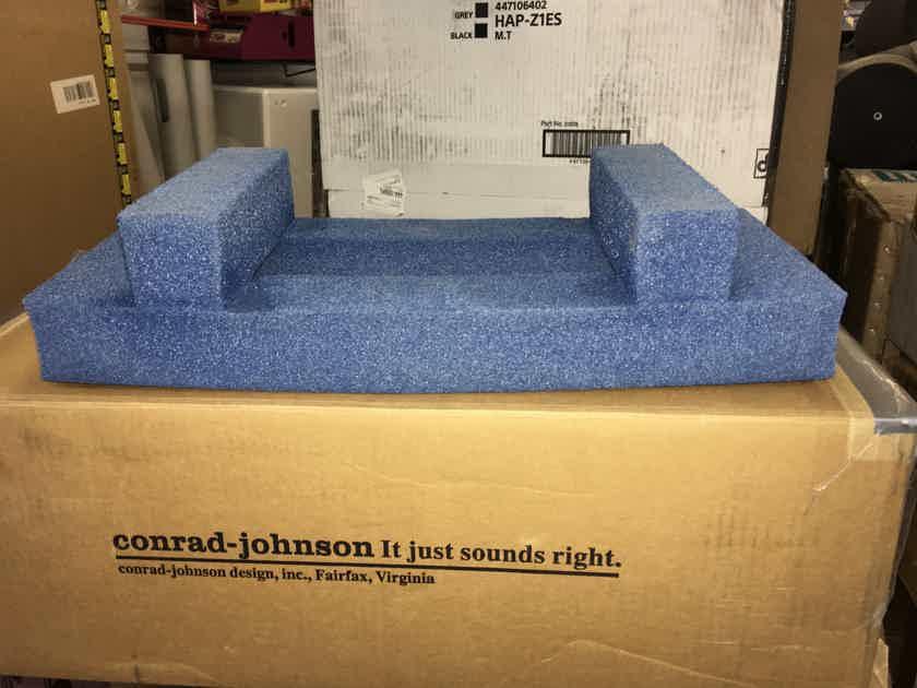 Conrad Johnson DR-1 With Original Box and a Remote, RARE