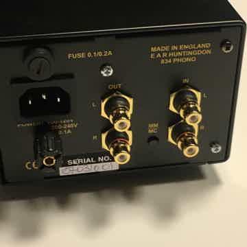 EAR 834 Deluxe