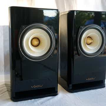 Voxativ Hagen - single driver monitor speakers  - hand ...