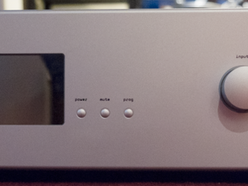 Soulution 720 Preamplifier with phono at HighPerformanceStereo.com
