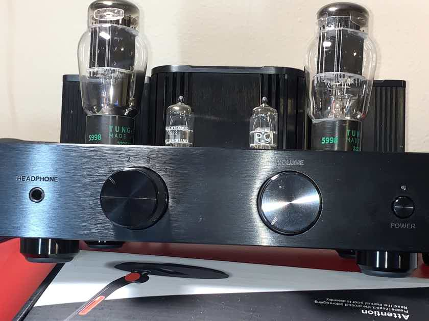 Woo Audio WA2 Headphone amp. With New Old Stock tubes from WOO