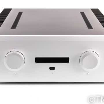 M8xi Stereo Integrated Amplifier