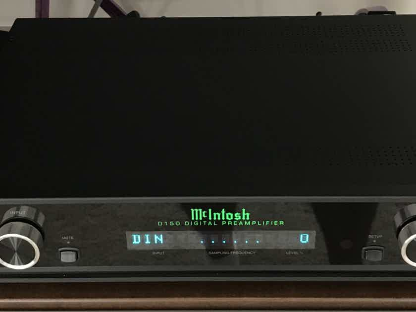 McIntosh, D150 DAC/Preamp, New Condition