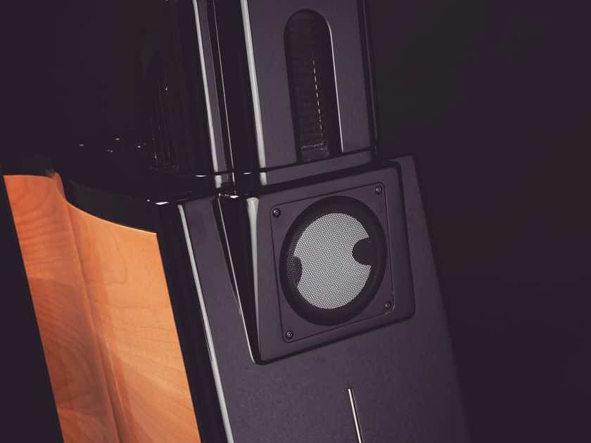 Sigma Acoustics Orchestra 2.3 . Trades welcome