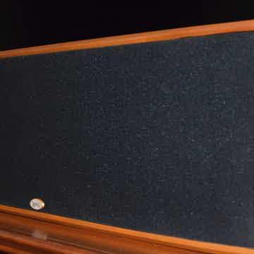 Legacy Audio Silhouette Center