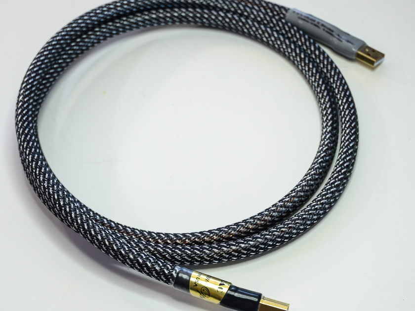 Crystal Clear Audio Magnum Opus Series USB Cable 1.5m