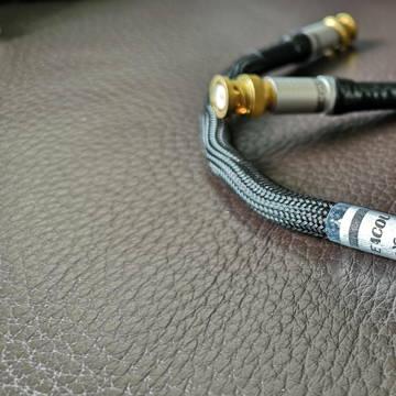 Acoustic Revive Acoustic Revive COX-1.0 Triple C-FM-BNC 1M