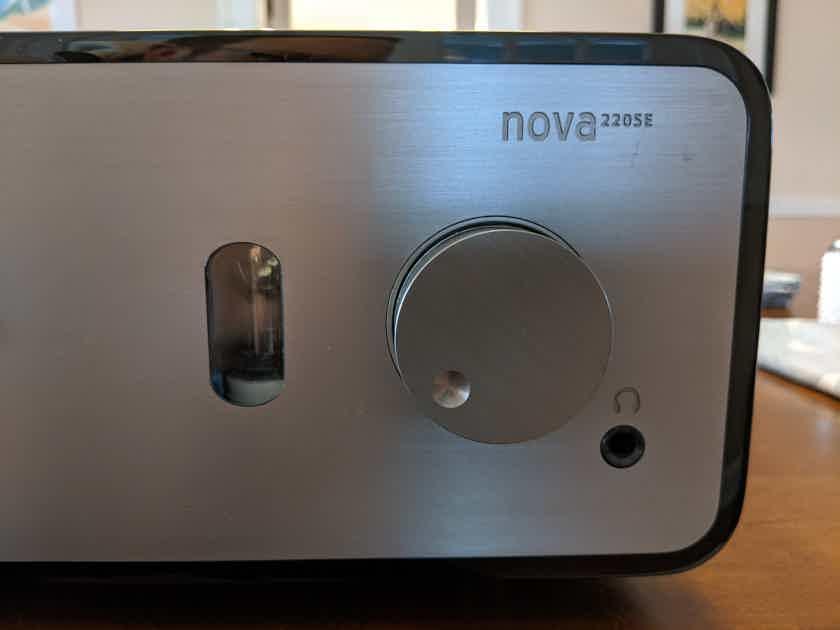 Peachtree Audio nova220SE