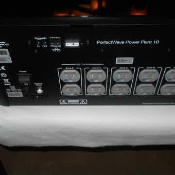 PS Audio P10