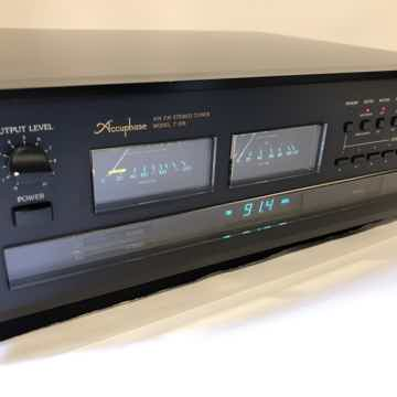 Accuphase T-106