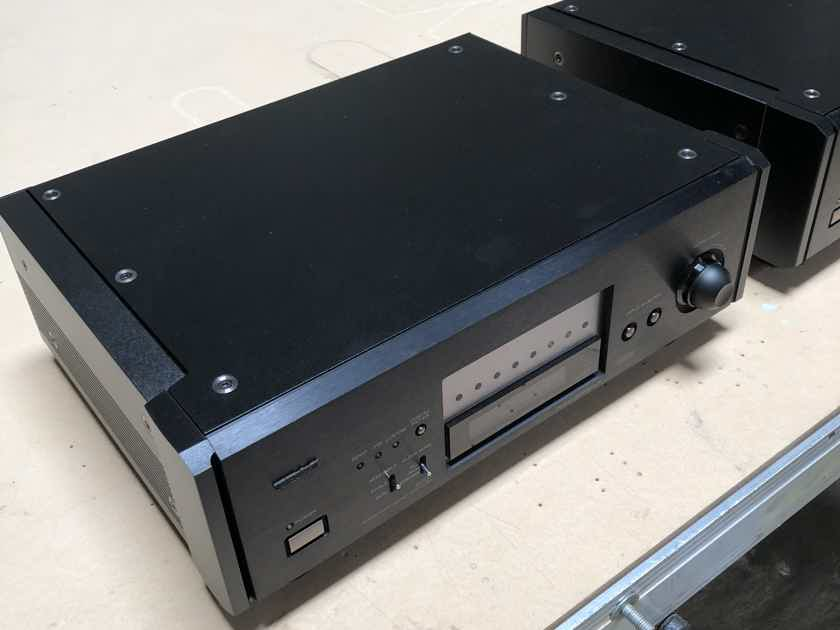 Esoteric P-70 D-70 Transport and DAC