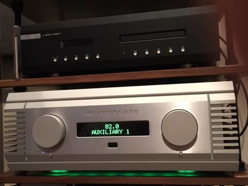 Musical Fidelity Nuvista 800 Integrated Amplifier Solid