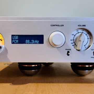 Nagra Tube Dac w/Classic Power Supply & VFS Platform