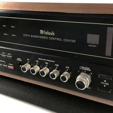 McIntosh C31V Preamp with Phono - Includes Remote, Wood...