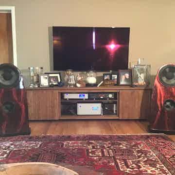 Emerald Physics 4.8 speakers