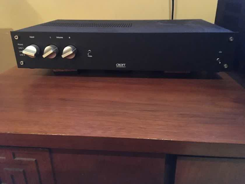 Croft Phono Integrated Solid hybrid performer