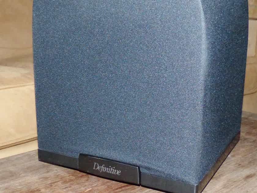 Definitive Technology SC2000