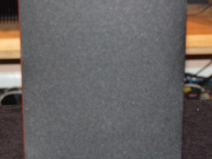 Paradigm Signature Series S2 V3 Bookshelf Speakers