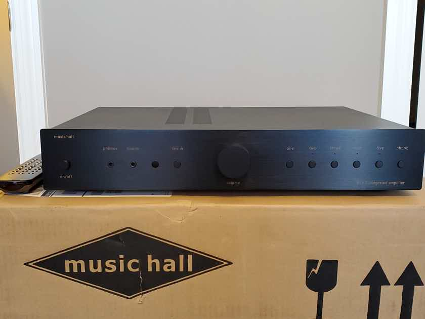 Music Hall A15.3 Integrated Amp