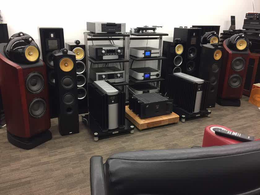 B&W Diamond RoseNut  802D2 Speakers  near San Francisco...................