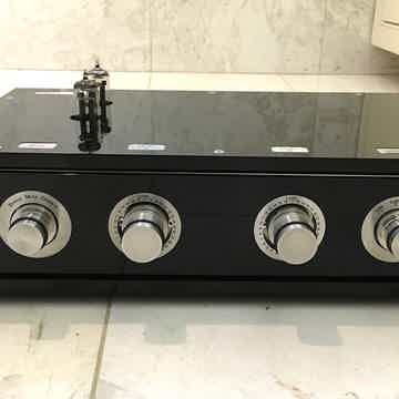 Doshi Audio V2.1 Line Stage with Power SupplyPreamplifi...