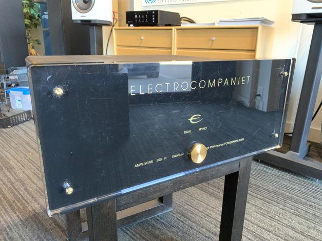 Electrocompanient