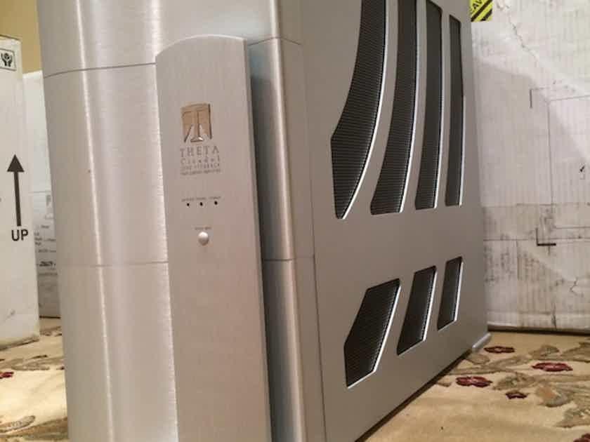Theta Digital Citadel 1.5 Mono Blocks Amplifiers Great Condition.. Deal of the Century!