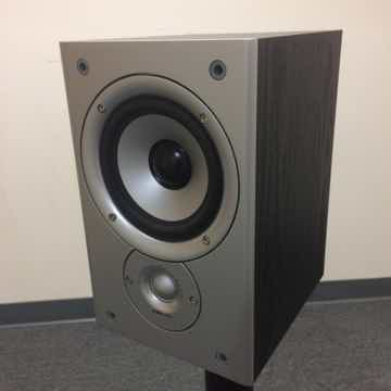 Polk Audio Monitor 30