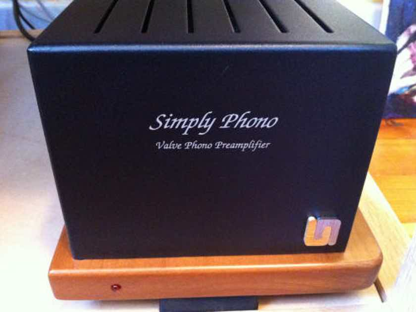 Unison Simply Phono v 2  beats Ear 834P and Fosgate Signature