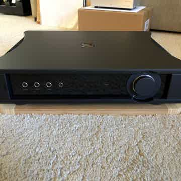 Rega Research Aethos Integrated Amp - like new w/warranty