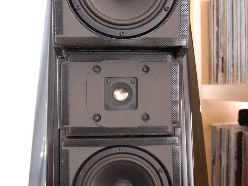 Wilson Audio X-1 Grand SLAMM Series II Loudspeakers