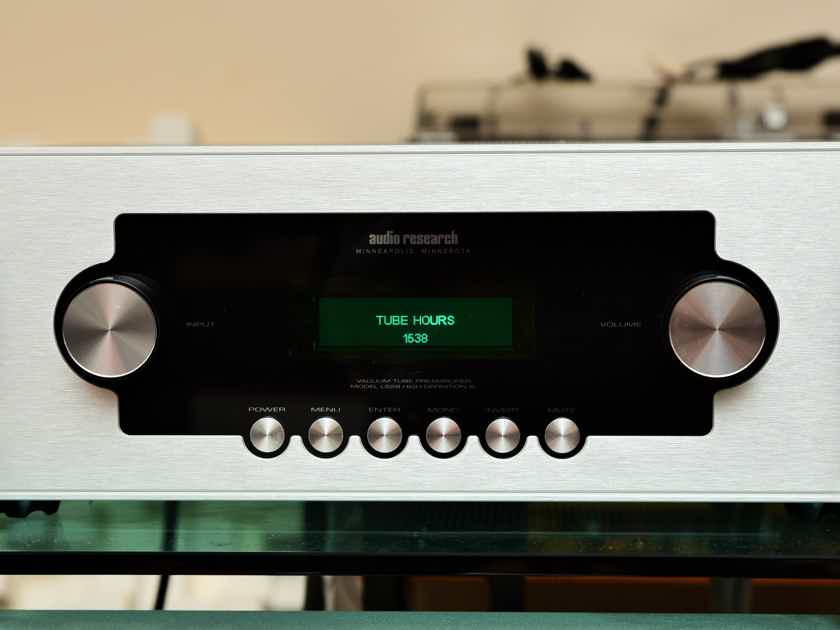 Audio Research LS-28 Tube Preamplifier in Mint Condition
