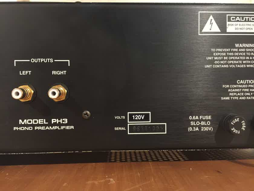 Audio Research PH3 Phono Preamplifier