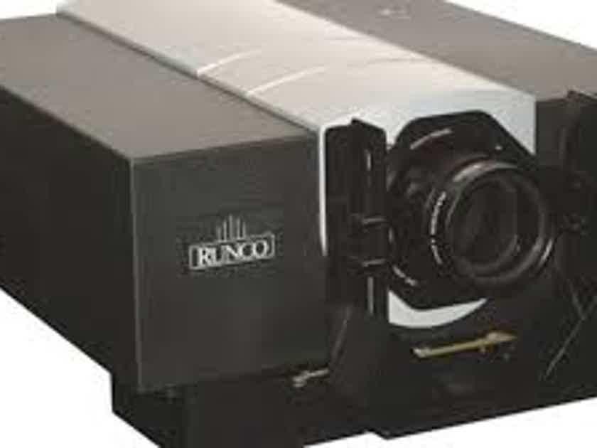Runco VX-11d with Autoscope anamorphic lens